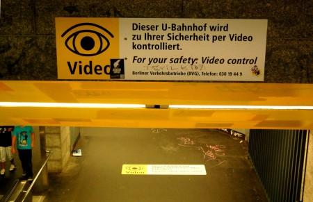 u-bf-rathaus-steglitz-videoschild_web