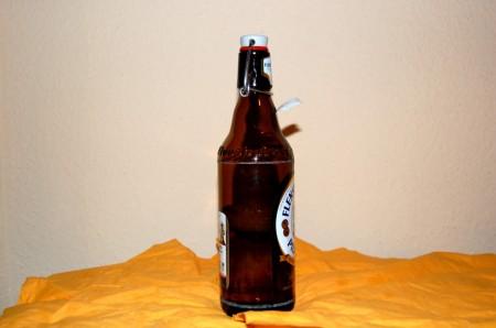 eine-flasche-der-zwietracht_web
