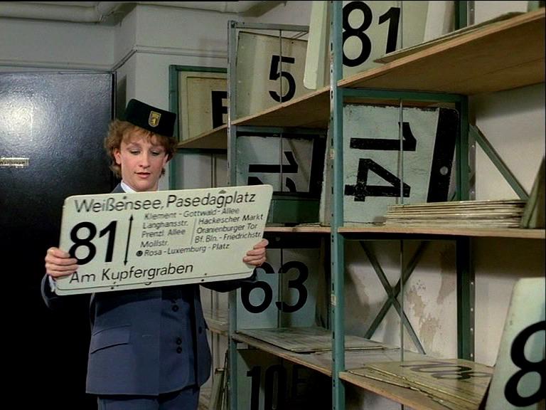 Tatkräftig: Verkehrsmeisterin Heidi (Cornelia Lippert)