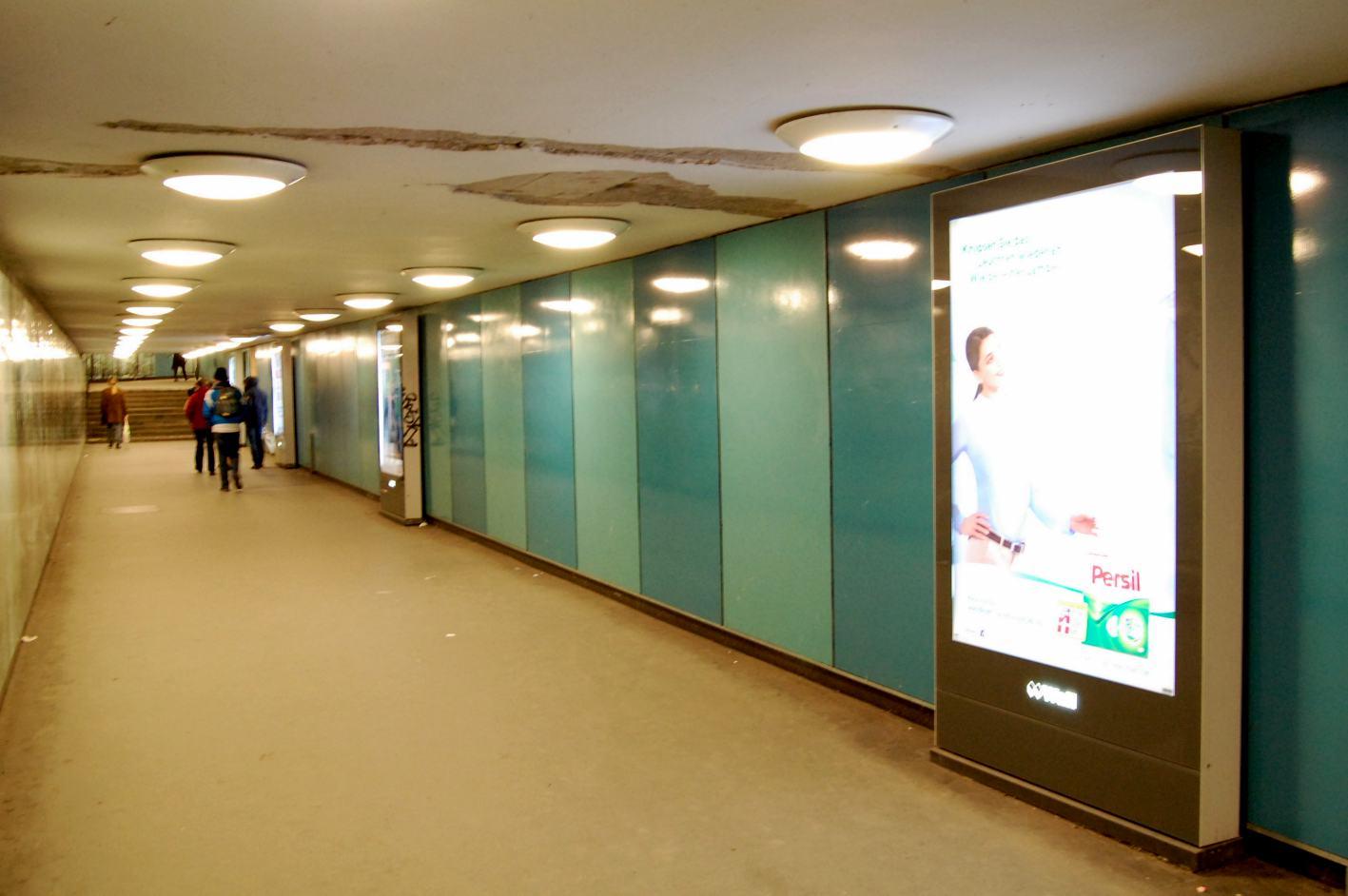 So wirkt der Tunnel doch gleich geräumiger!
