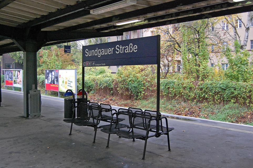 Zeitgemäßes Warten (nach Definition der Deutschen Bahn AG)