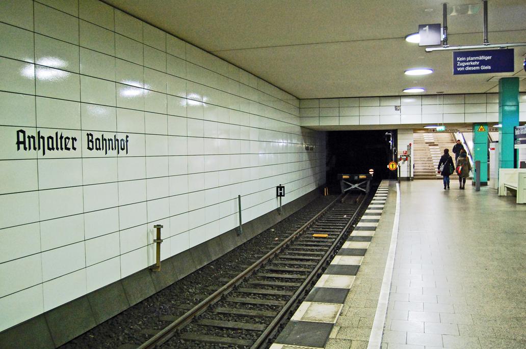 Kein Zug wird kommen (bis auf seltene Ausnahmen).